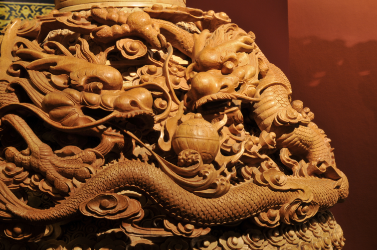 日前东阳木雕城成为国家aaaa级景区,成为国内木雕行业龙头,东阳城市新