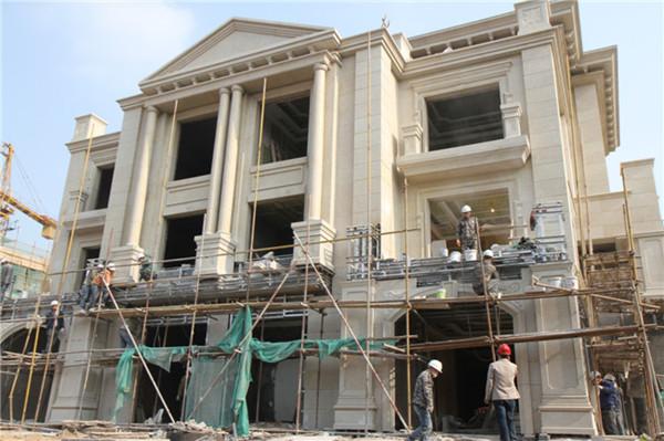建筑均为欧式别墅风格
