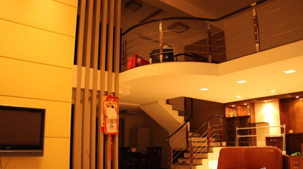 经贝家园  超豪华楼中楼