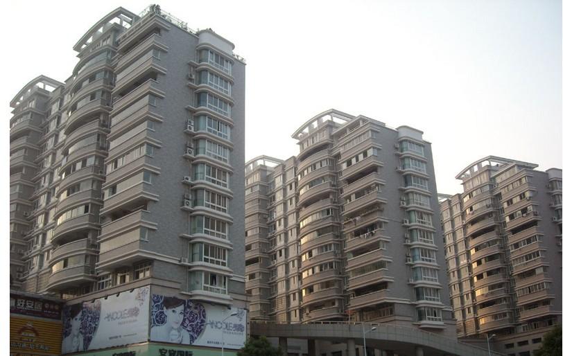 北苑小高层,4室带大阳台!