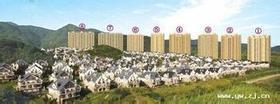 紫荆公寓,三个大阳台 简装前朝别 墅,后有靠山,精装修,甩卖