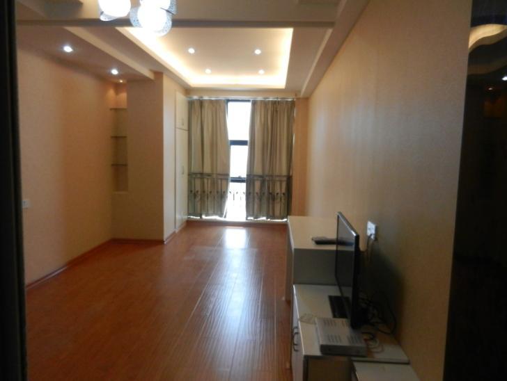 新马路公寓 1室有厨带卫精装看了就喜欢!