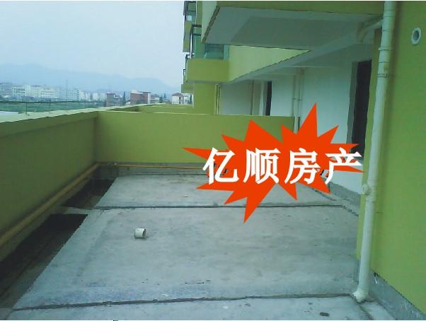 东方之星:南北通透,送3个大阳台,实用面积达110�O101万