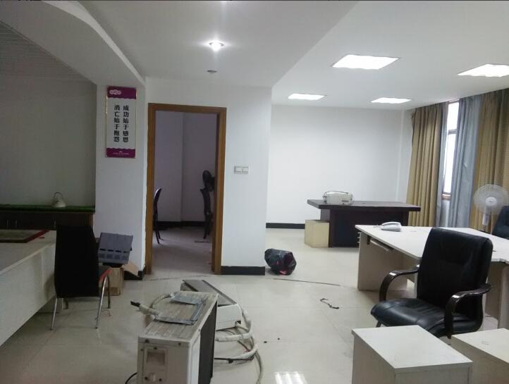 香樟苑 158�O 办公房