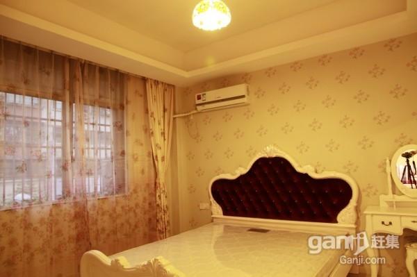 义乌大酒店边   一室二室  豪装   有电梯
