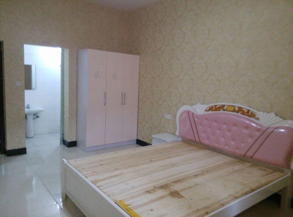 丹溪三区香樟苑单身公寓多套全新装修 家具家电齐全