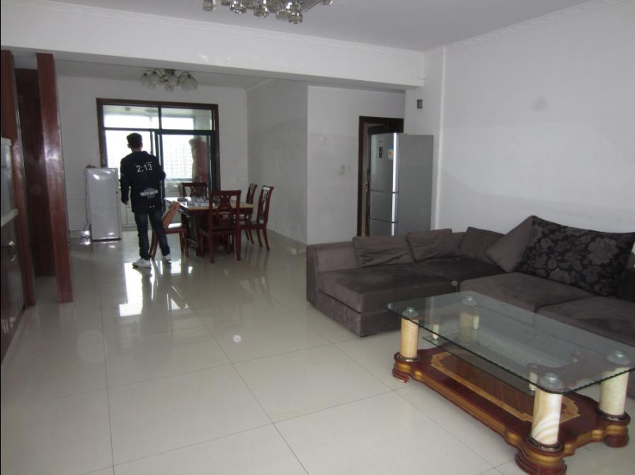 北苑东方国际村 3室2厅140平米 精装拎包入住