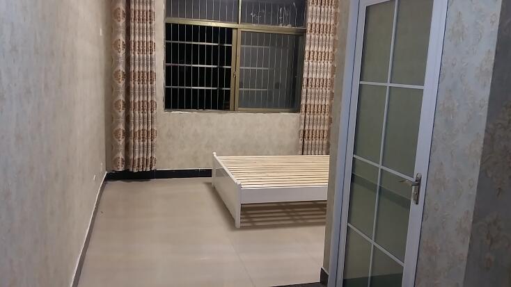 丹桂苑67栋 全新 单身公寓