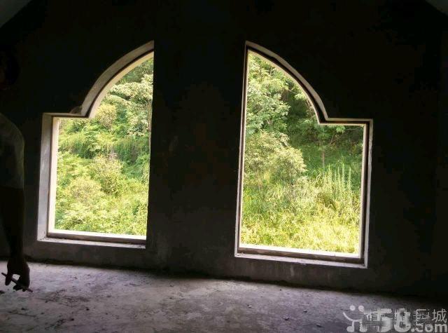 东阳紫荆庄园一期独栋别墅花园2亩位置好超低的价格