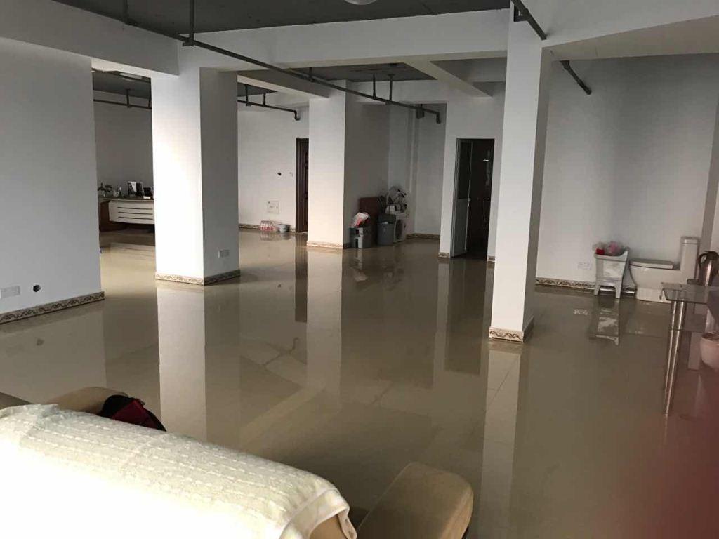 香江公寓 大面积办公场所 景观房出租