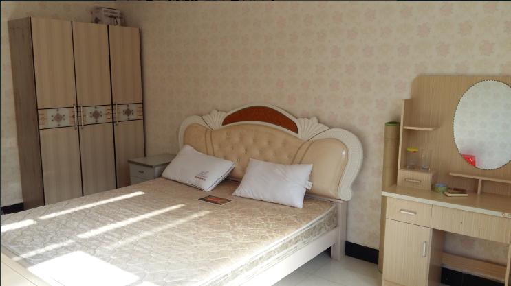 香樟苑8栋 单间带卫 干净舒适 东西齐全 随时看房