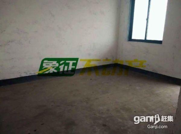 象征不动产锦春花园必卖房150平双阳台送车库低价急售56