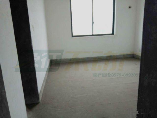 天山龙城套房252平5室送车库带阁楼和大露台诚售价67万