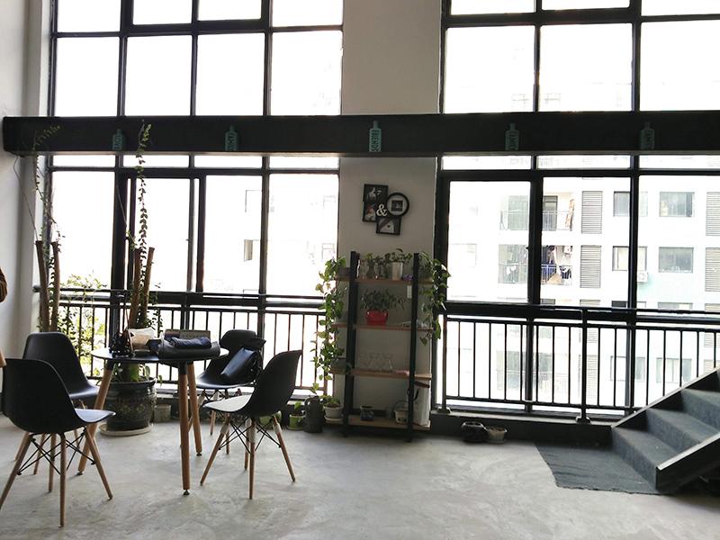 北苑幸福里电商园A1-302办公室低价转租还剩4个月