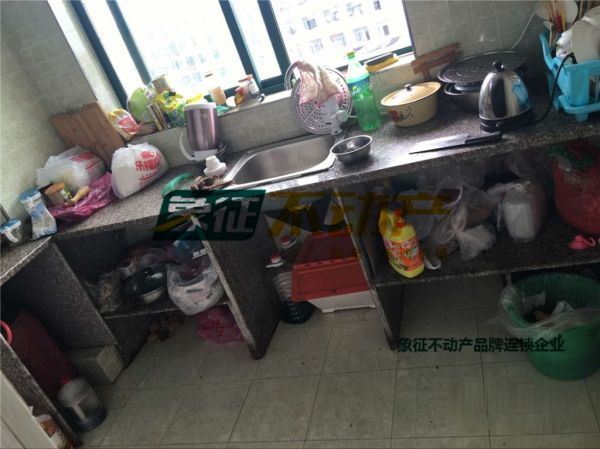 【象征不动产】傅村锦春花园楼中楼170平60万带车库