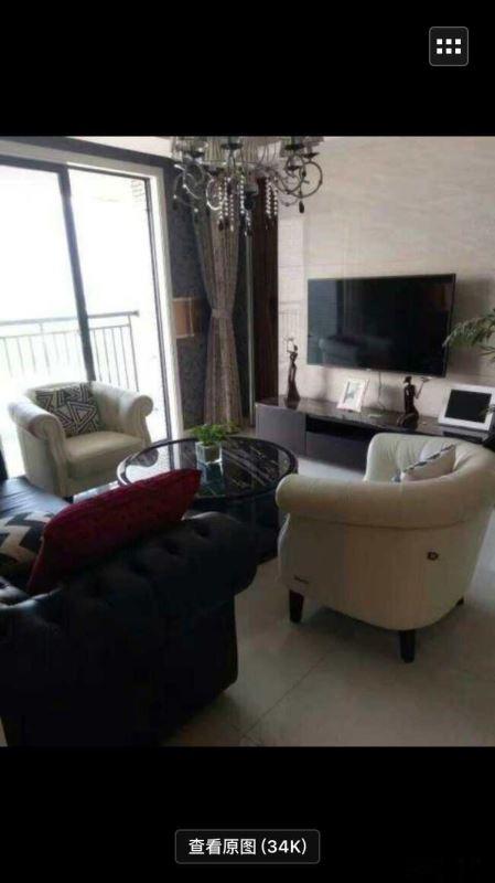 鸿泰豪苑162平超大使用面积可做四室的房子只要66万