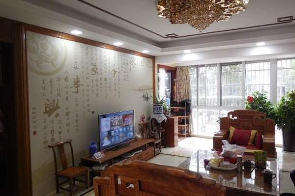 诚售银河湾小区 160平米全新豪华装修 拎包入住 送红木家具