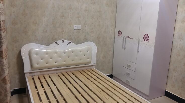 丹桂苑67栋 单间带卫出租 东西齐全 随时看房