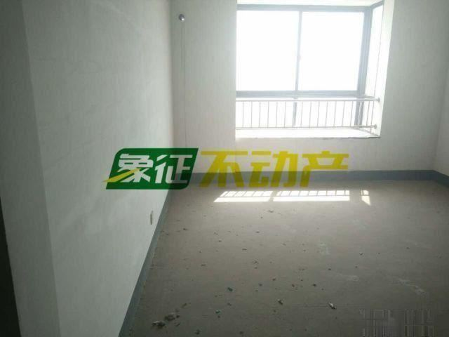 【象征不动产】天山龙城高层宝马公寓195平82万景观房带车位