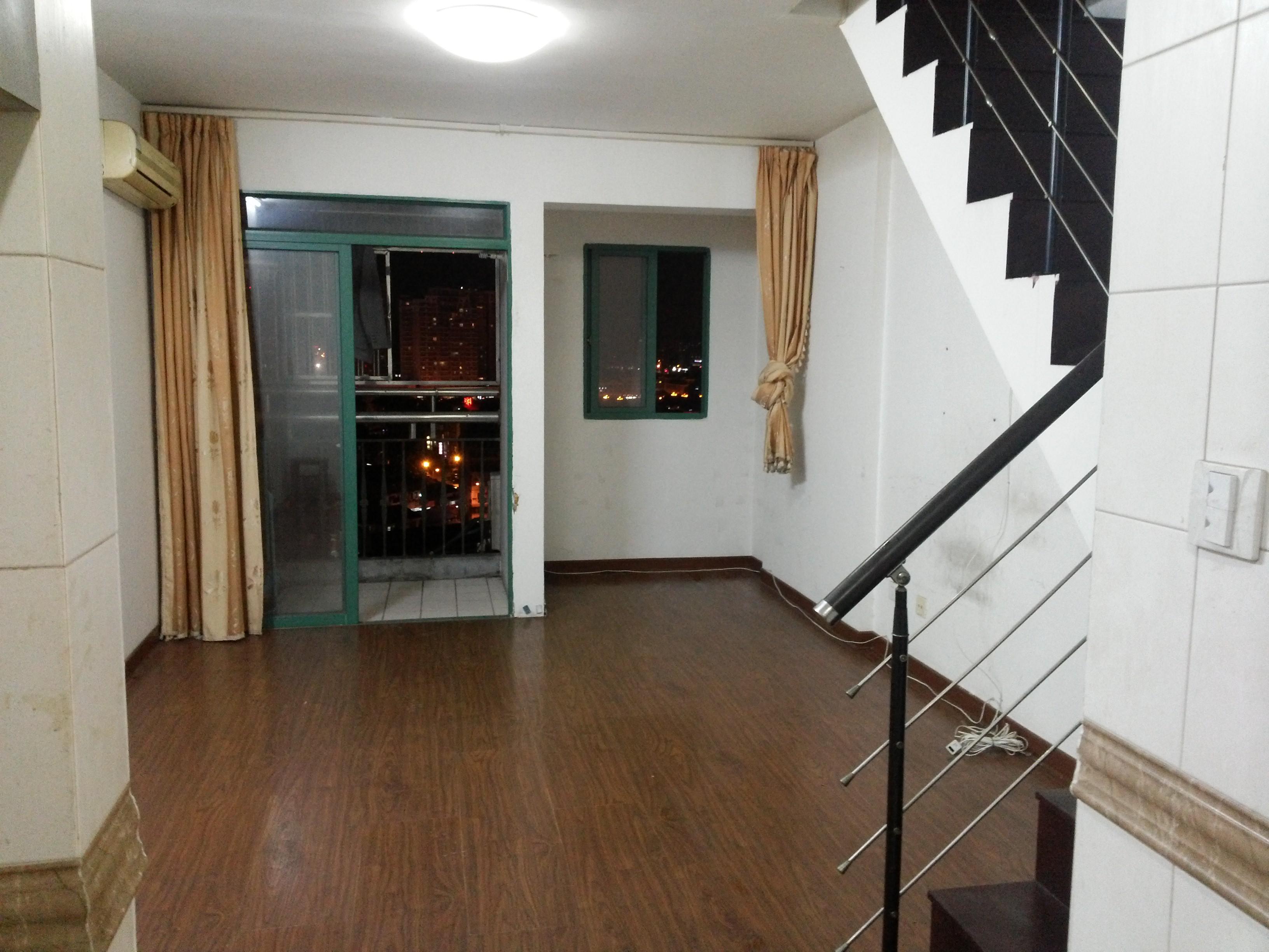 现代公寓A座10楼