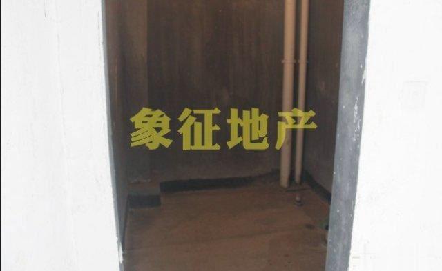 【象征精品】金色港湾198平70万毛坯楼中楼带露台