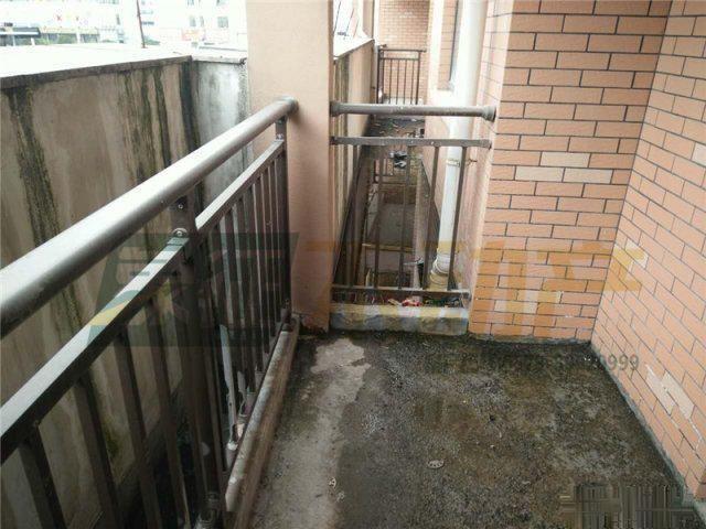 【象征不动产】都景蝶园3楼124平超好户型62万满2年