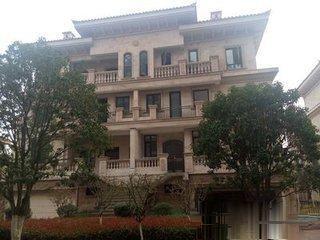 星城广场春晓美墅双联别墅西边套诚意出售600平米850万
