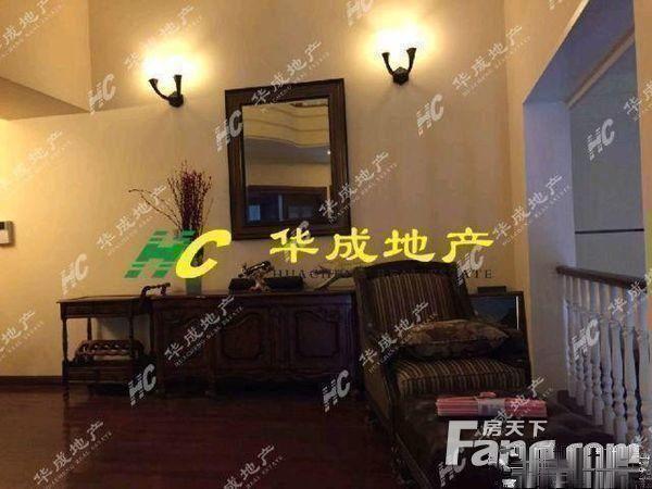 华成地产东阳-海德排屋在市场价基本在500多万上
