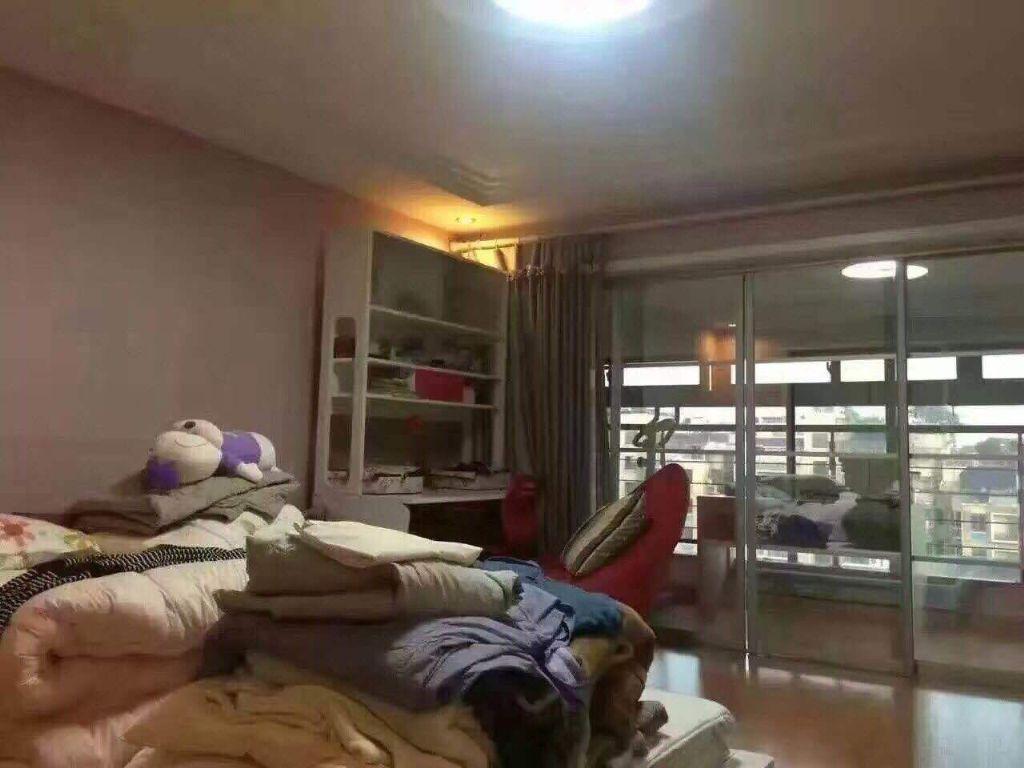 北苑国际村3室2厅2卫140�O