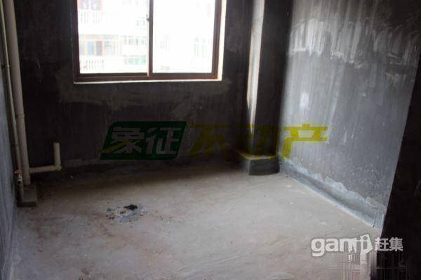 【象征不动产】聚鑫商城133平三室户型好满2年毛坯45万