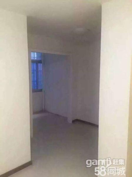 城西万商华府4室2厅2卫176�O