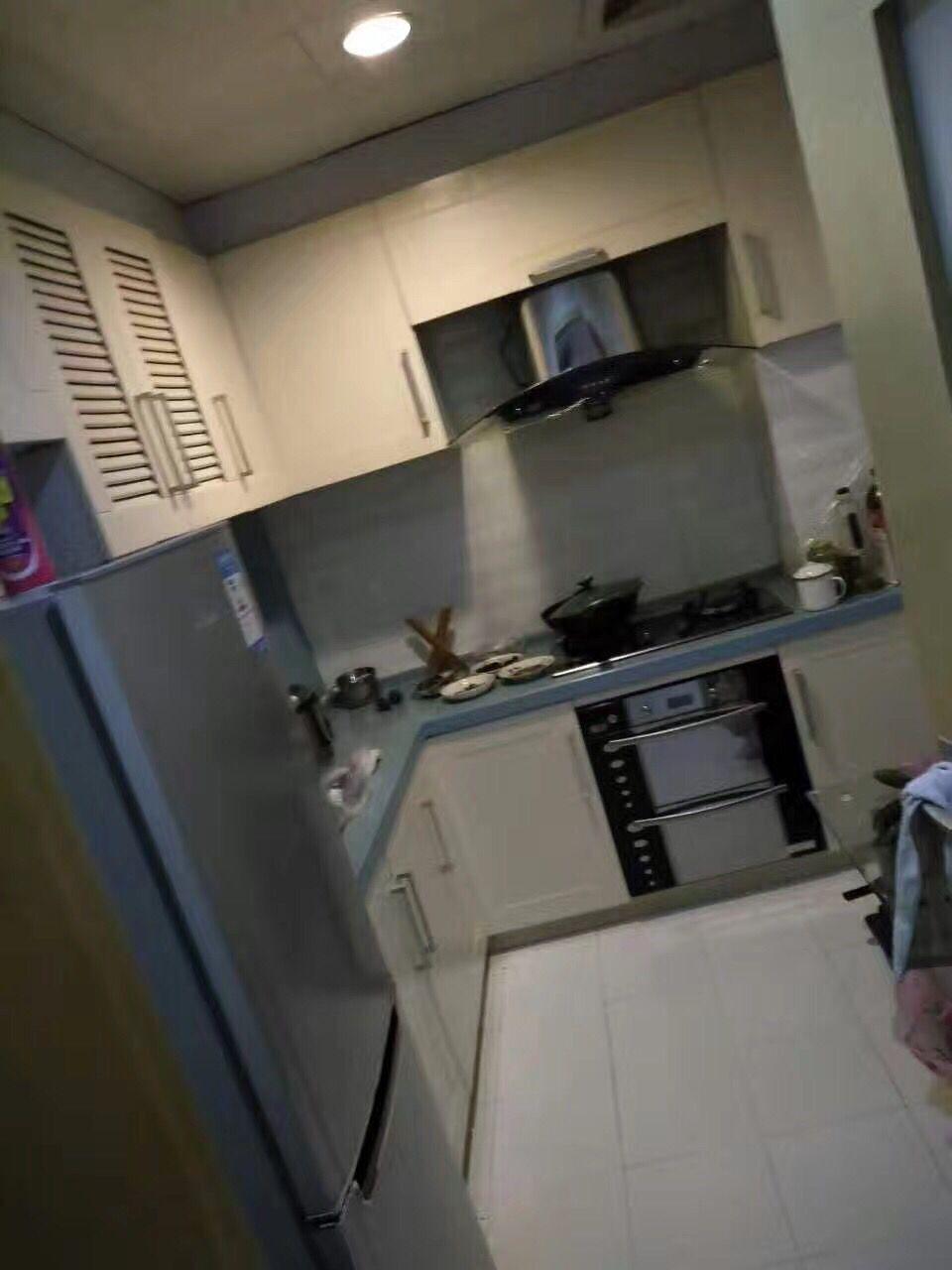凤凰名城110平南北通透精装三室可拎包入住证齐随时过户