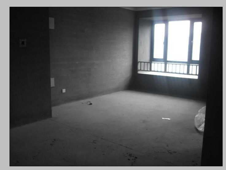 紫荆公寓104平方米靠别墅纯毛坯可做三室