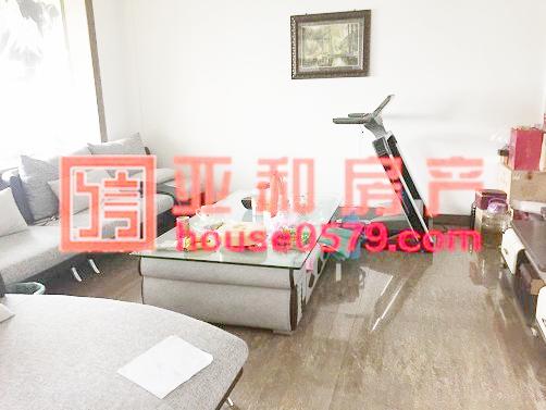 【经贝家园-136平套间】精装修 3室2厅 189万