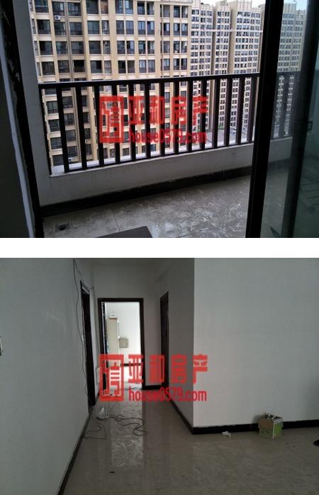 万商华府 新房电梯房 小区内部环境好 三室超大使用面积