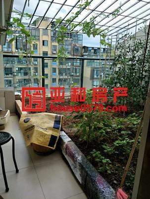 【亚和精品房】复式楼中楼带露台还带车库清爽装修