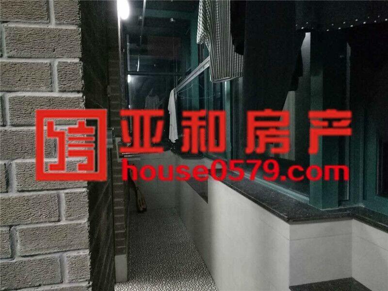 【亚和精品房】豪华装修带车库复式楼中楼豪装150万房东诚心卖