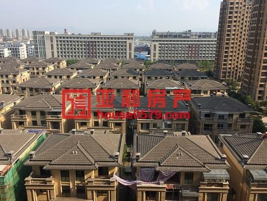 【万商华府】城西好房子 147平150万 高楼层景观房
