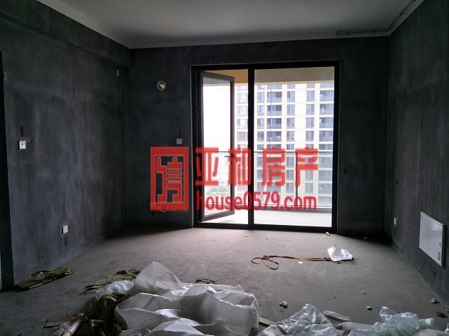 香溪印象 新房电梯房 黄金楼层 离物流市场近 带车位