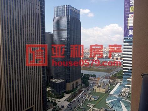 【万达广场】高楼层  143平  东边套  毛坯房