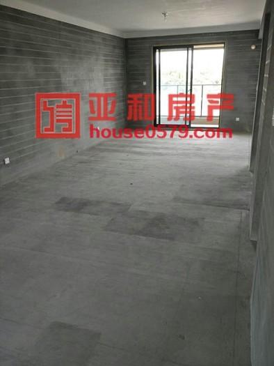 【亚和认证房】北苑绣湖中学学区房 星城嘉园毛胚新房