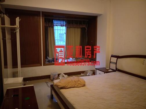 【绣湖中学学区房】胜利公寓  95平 精品三室  产证齐全