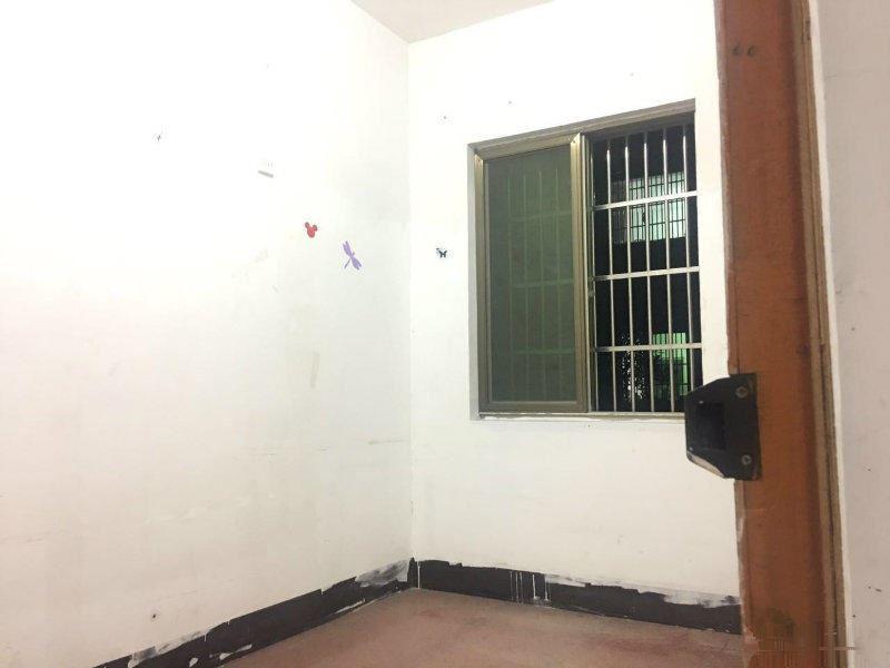 市场仅有 实验小学 出让满二 楼层好 二室一厅 居家必选