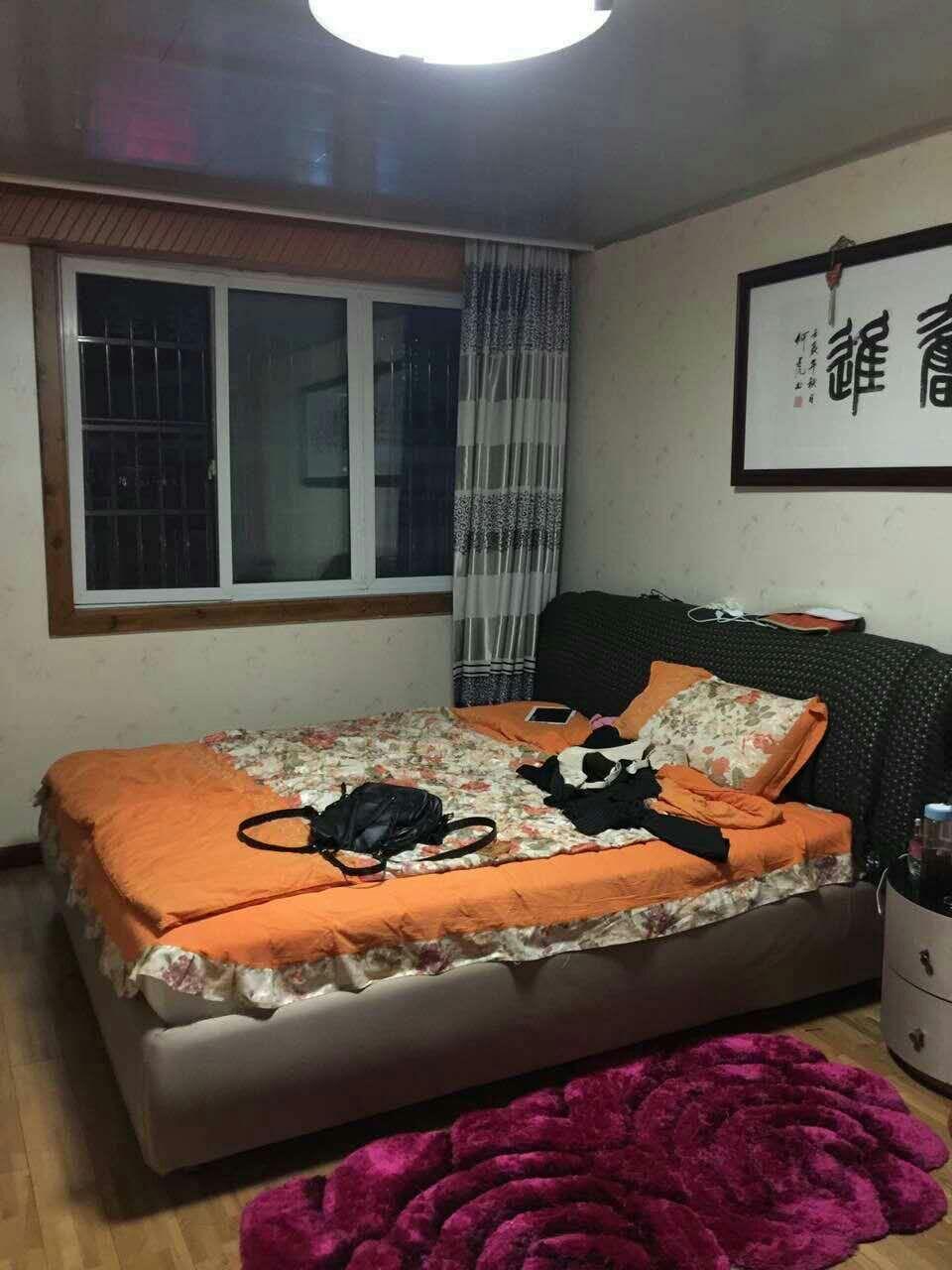 宾王双学区101平170万诚售 边套  分割房 位置好框架