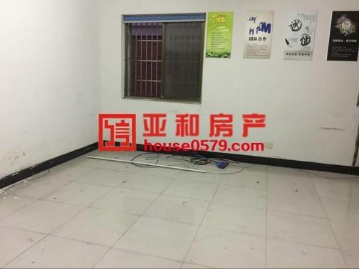 【北苑丹桂苑】黄金楼层 109平 163万简单装修大草坪边上