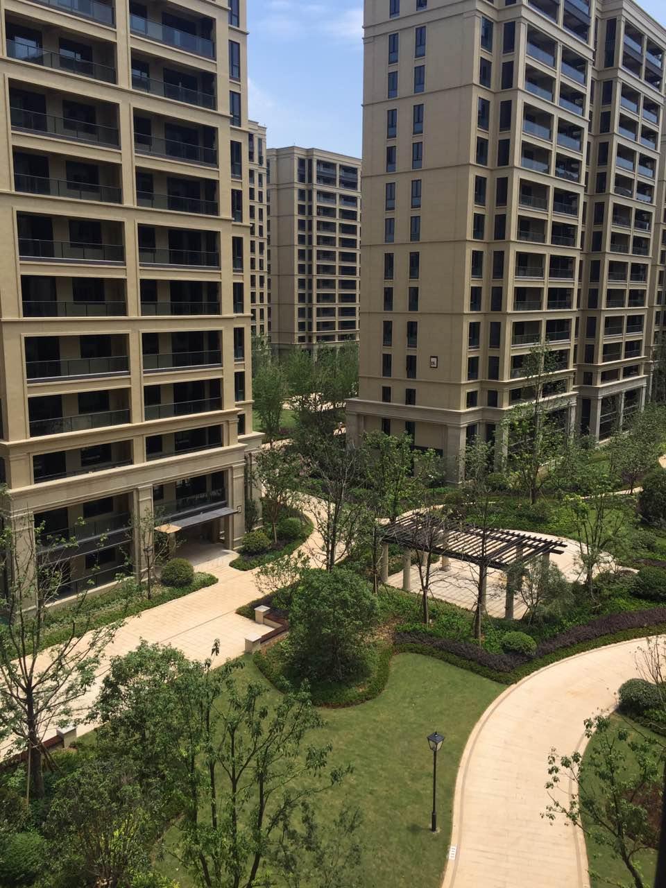 诚售 北苑和聚园 73平 高层带车位温馨两居室