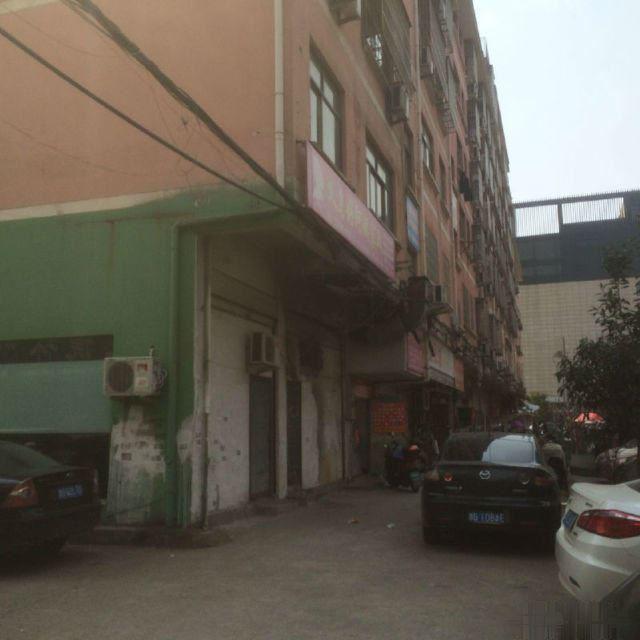 苏溪兴苏路夜市4间店面垂直楼出售年租金35万已出让电梯房急卖