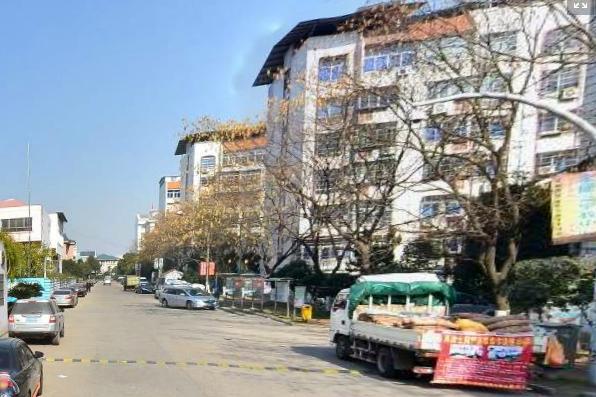 【江东新村】金三银四楼层110平三室带20平车库 市场最低价