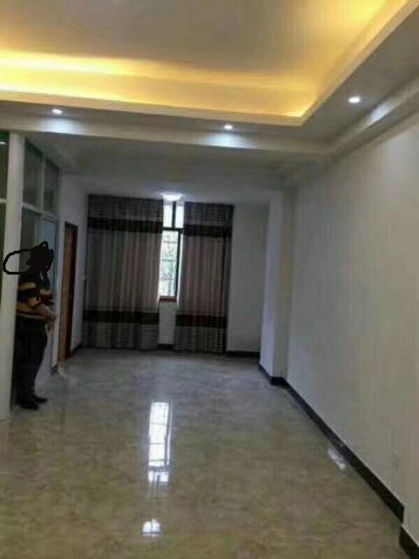 江南三区3区精装修2室1厅套房急卖实验小学城南分校好楼层