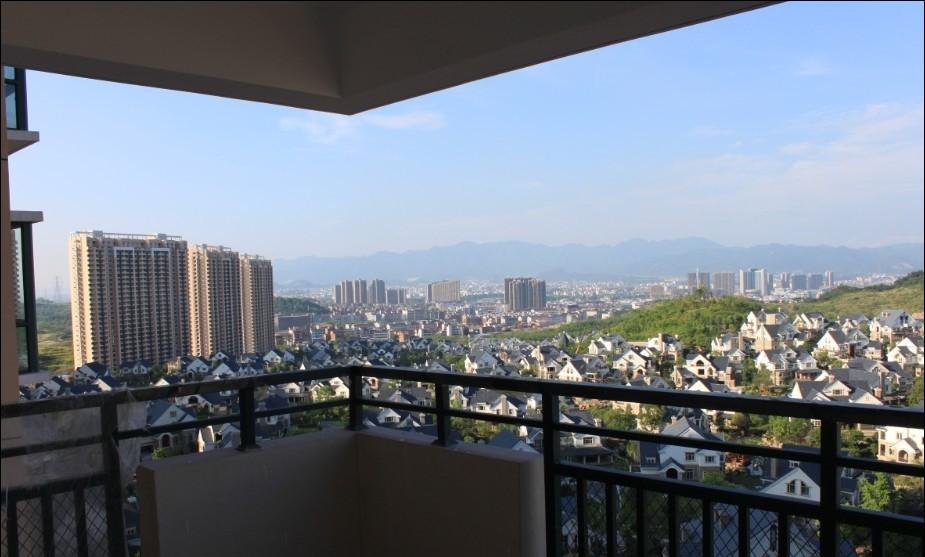 紫荆公寓精致104平送装修南北全明通透高性价比景观房入户阳台